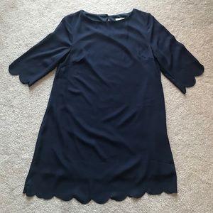 ⭐️3 for$20⭐️NWOT Tobi Navy Scalloped Dress size S